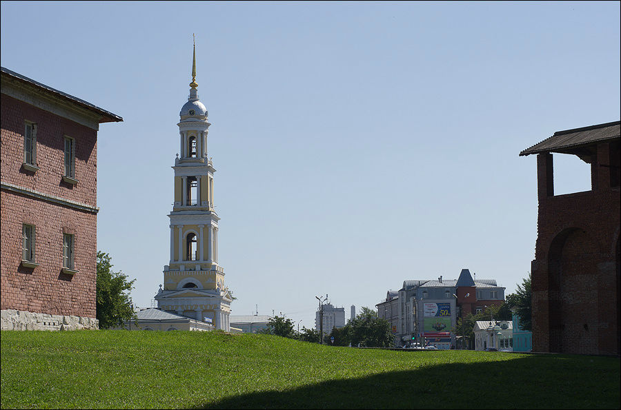 Колокольня церкви апостол