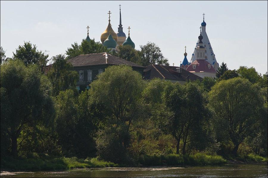 Где-то там Кремль