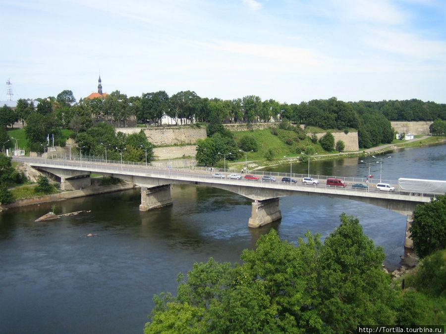 Российско-Эстонская граница — мост через р. Нарву