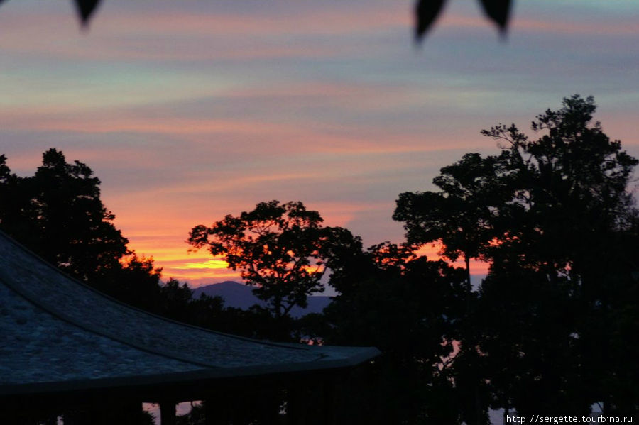 Закат в Атремару