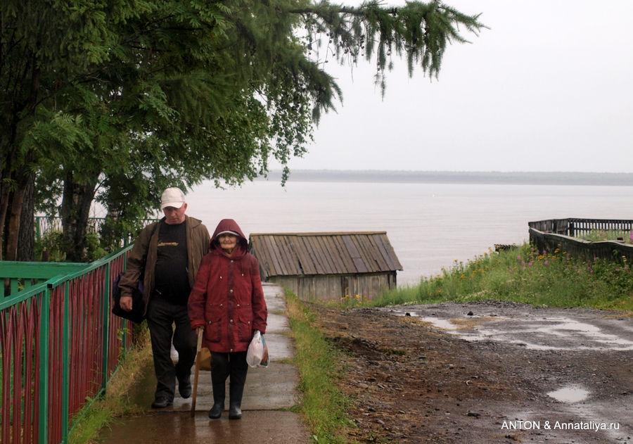 Жители Туруханска.