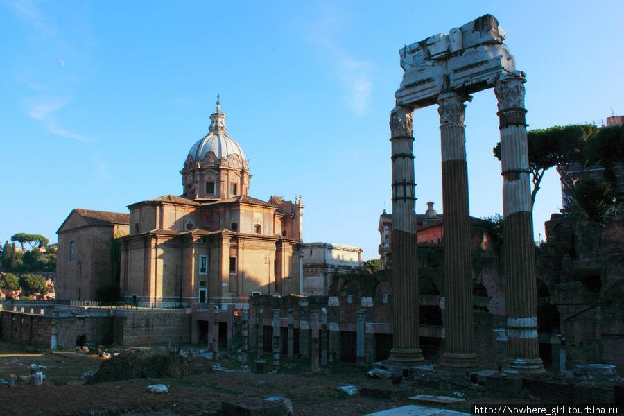 Виды улицы императорских форумов (via For Imperiali)