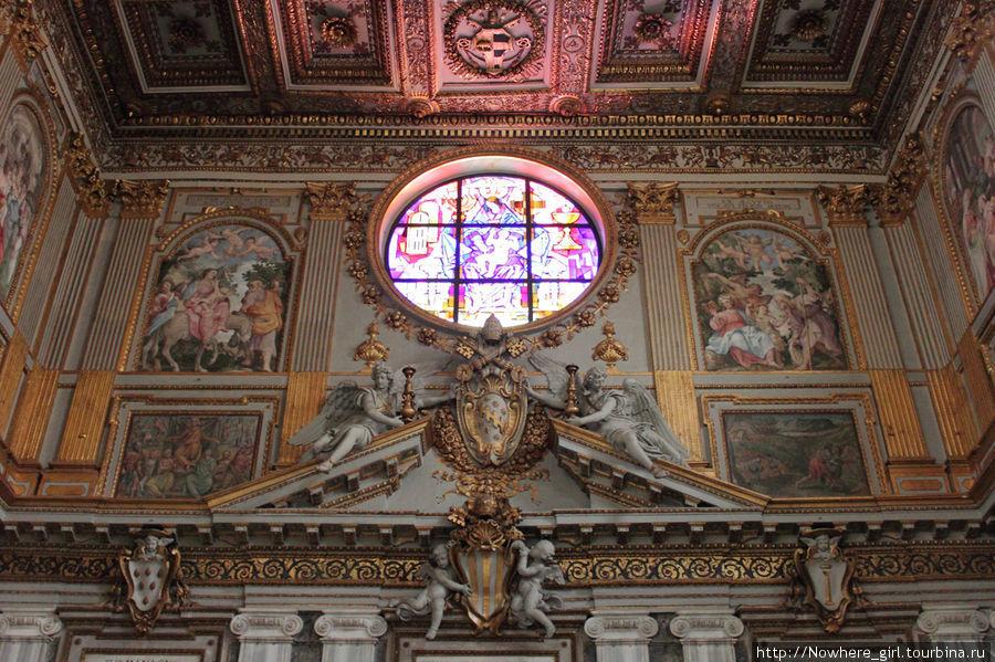 Внутреннее убранство церкви Санта-Мария-Маджоре