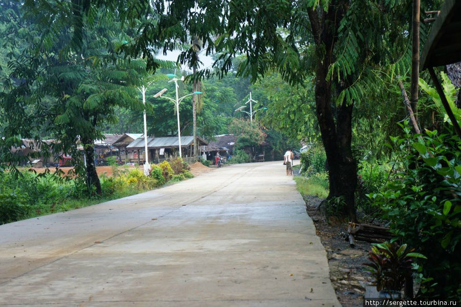 Улица на вьезде в Сабанг