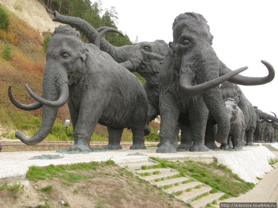 Памятники ханты мансийск загс памятники из гранита на могилу фото и уход
