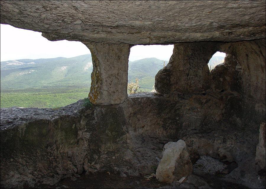 Монастырский комплекс, июль 2005 г.