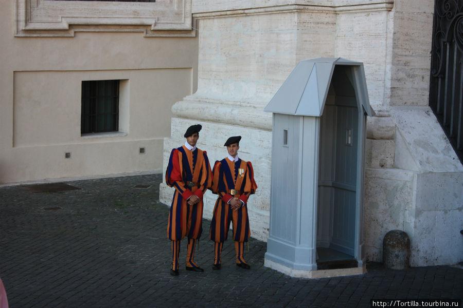 Швейцарские гвардейцы