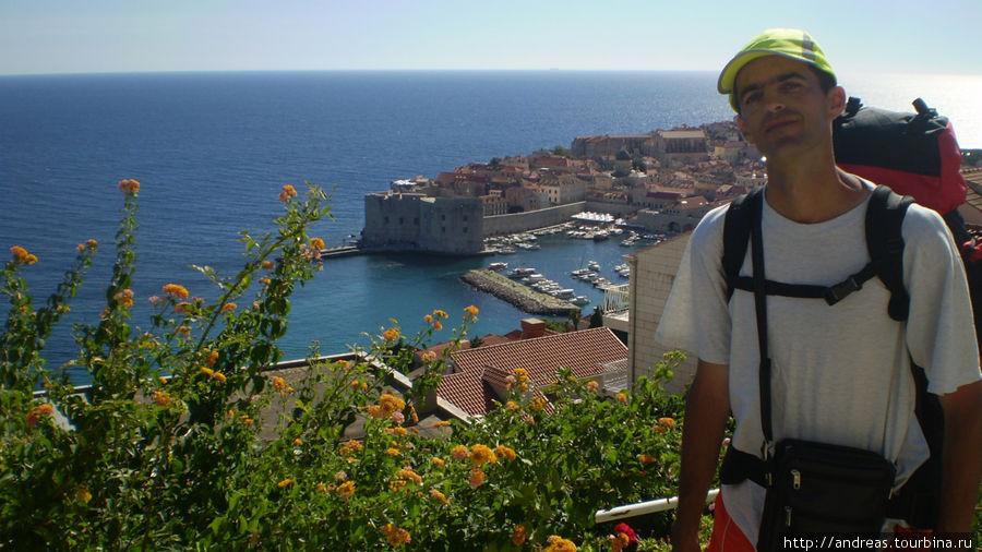 Дубровник.Вид на старый город