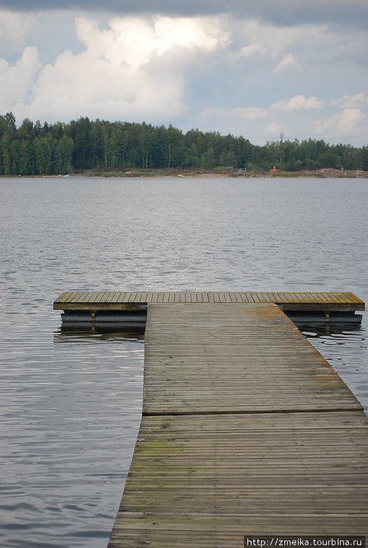 Пристань на озере Саимаа, там же пункт проката лодок.