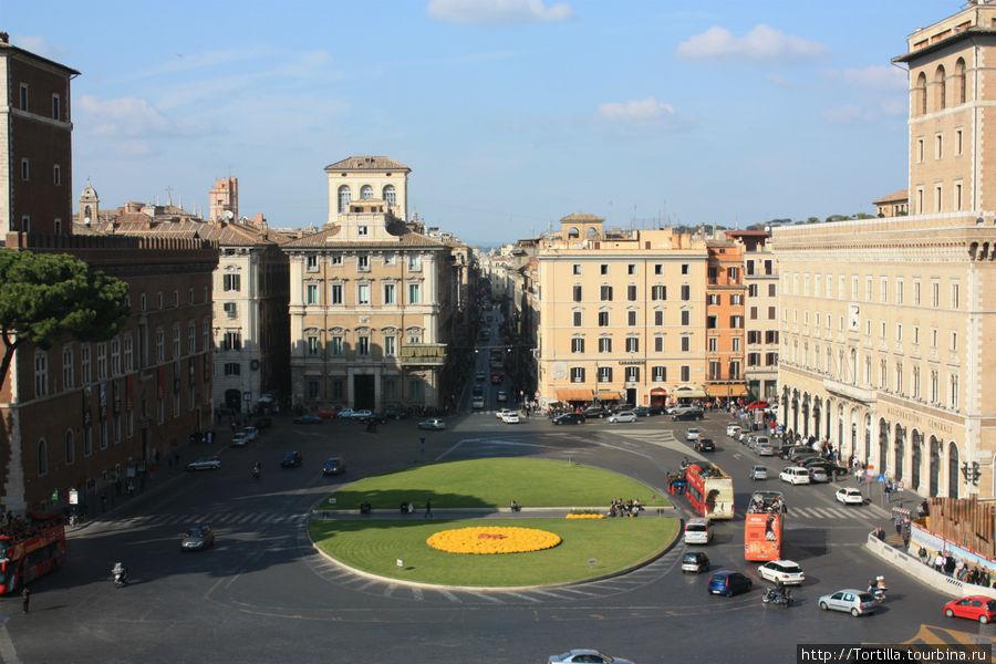 Рим. Пьяцца Венеция и ули