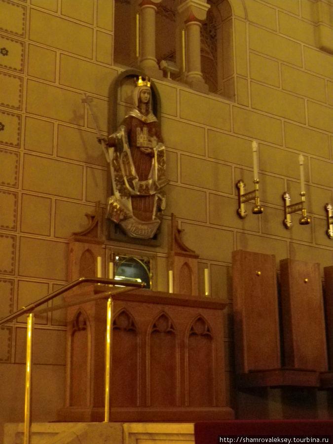 Рака с мощами святой Гизеллы