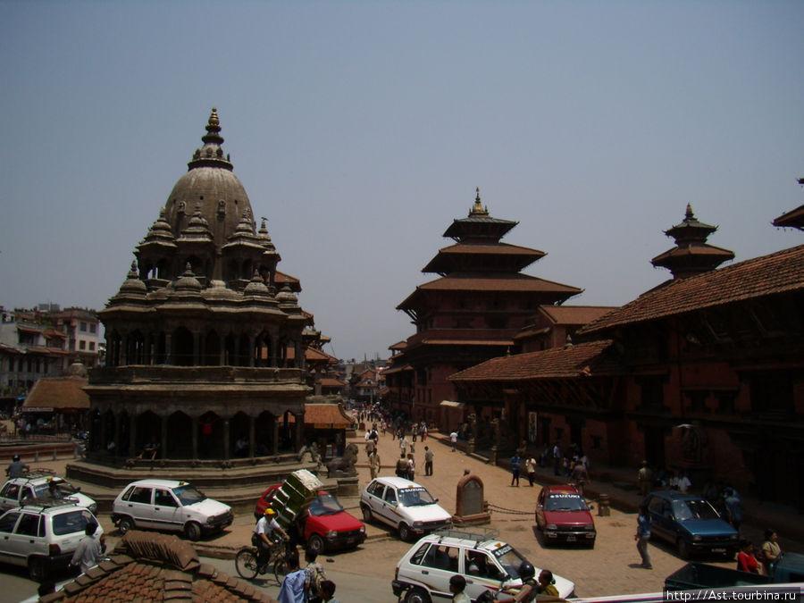 В центре Катманду.