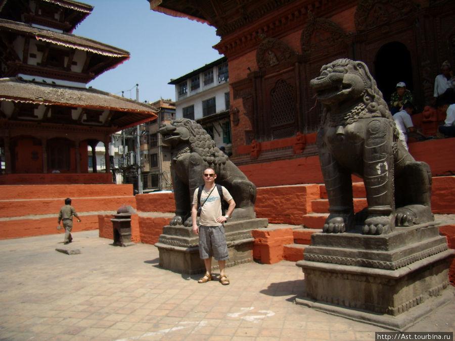 Небесные львы Будды.