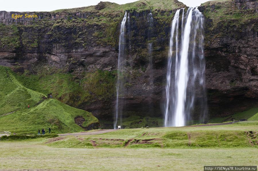 Водопад Seljalandsfoss