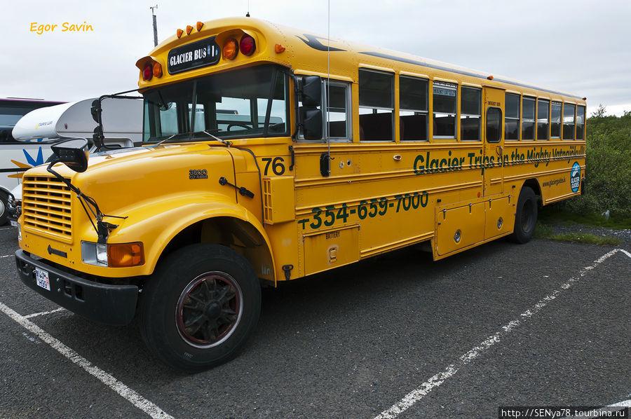 Автобус для турпоездки по леднику