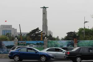 Памятник советским воинам погибшим при освобождении Чанчуня от японских оккупантов.