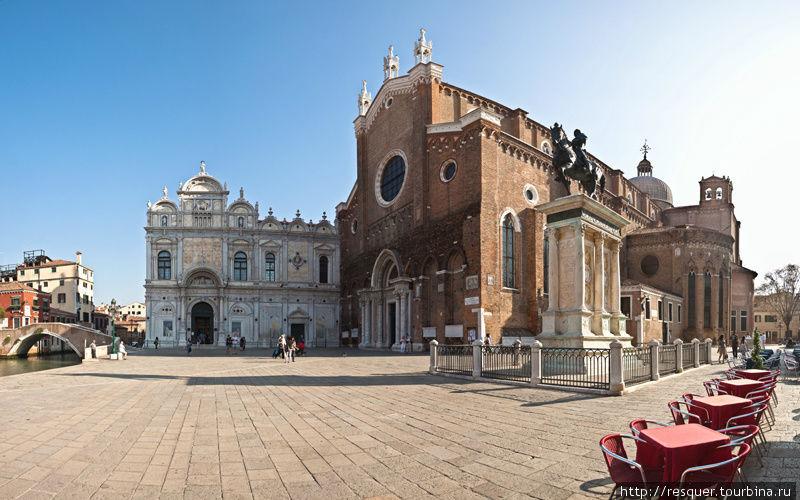 Площадь и собор SS.GIOVAN