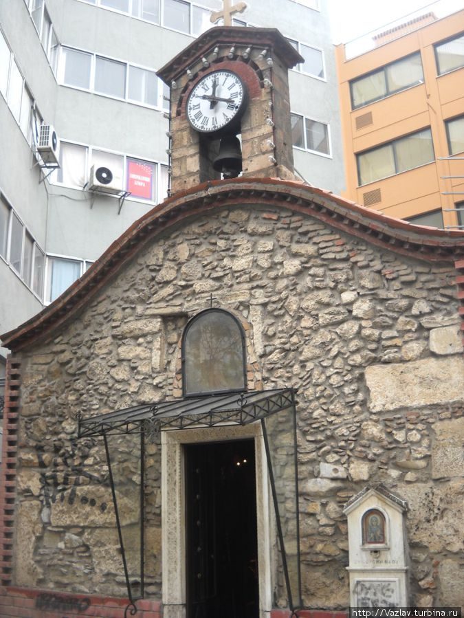 Церковь-крохотуля
