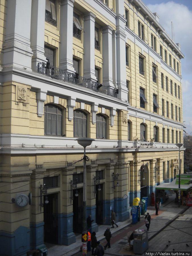 Фасад станции метро