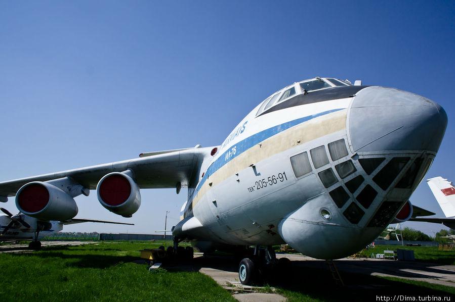 Большой Ил-76