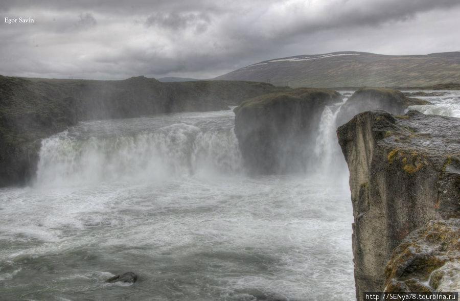 Водопад Godafoss