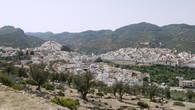 Так город выглядит со стороны Волюбилиса. Отсюда он кажется белоснежным и аккуратным.