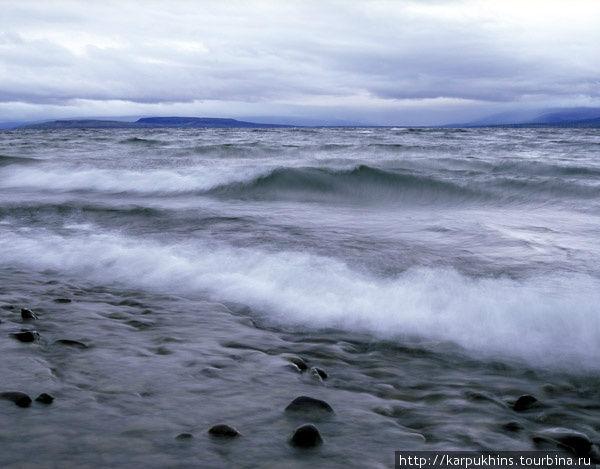 Озеро Хантайское. Озеро Хантайское самое большое и широкое. Полный простор для ветров. Штормовая погода в сентябре здесь случается гораздо чаще, чем штиль.