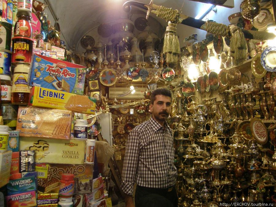Сувенирная лавка в Наджафе.