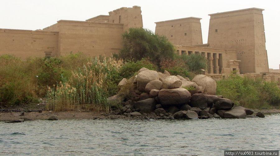 Храм Исиды на острове Фил