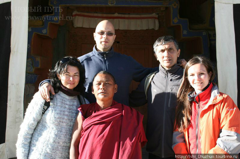 С ламой в монастыре Толинг