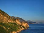 Вид на Адриатическое побережье при выезде с Тивата