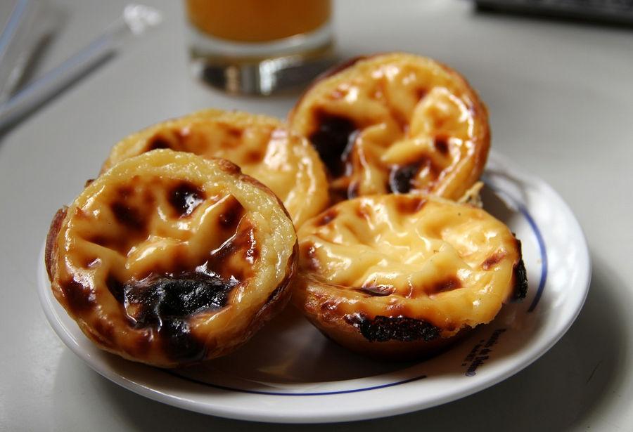 Самое знаменитое пирожное Португалии — Pasteis de Belem.