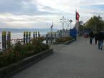 Вдоль набережной Юберлингена. Фото сделано в конце октября. Поэтому так немного людей. Сезон закончился до апреля.