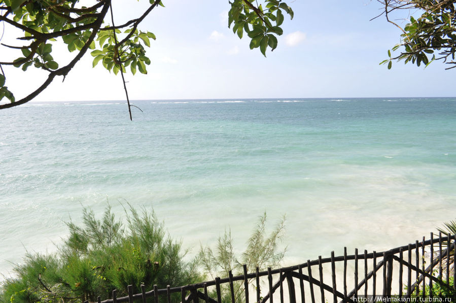 Вид на океан из ресторана.
