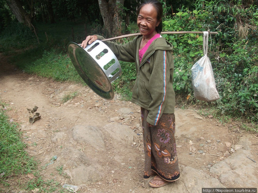 одна из представительниц малых народов Лаоса ( не уточнял какой)