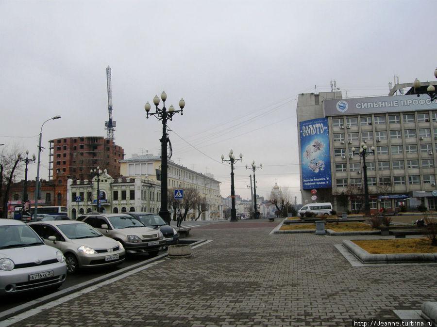 Комсомольская площадь...