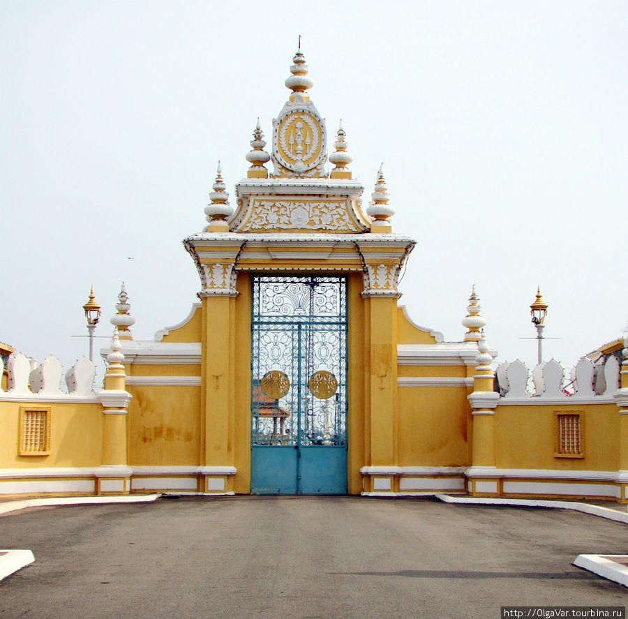Ограда королевской резиденции