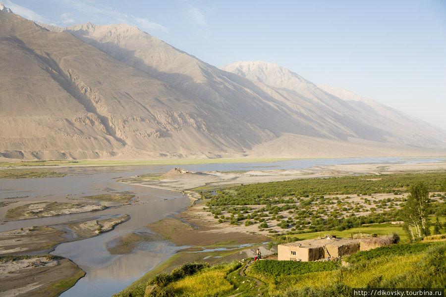 Долина Пянджа и Афганистан с той стороны