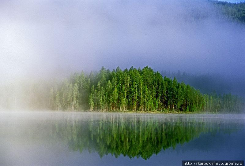 Туманное утро на озере Чонкунчах.