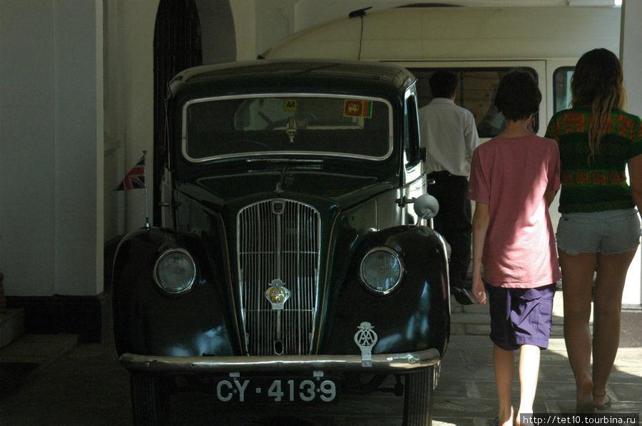 парковка — разрешена! Тангалла, Шри-Ланка