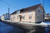 Отреставрированный деревянный дом конца 19 в.