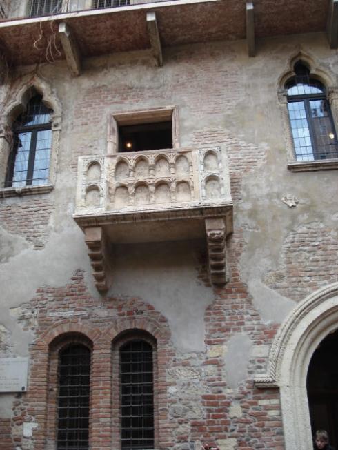 Верона балкон джульєтти фото