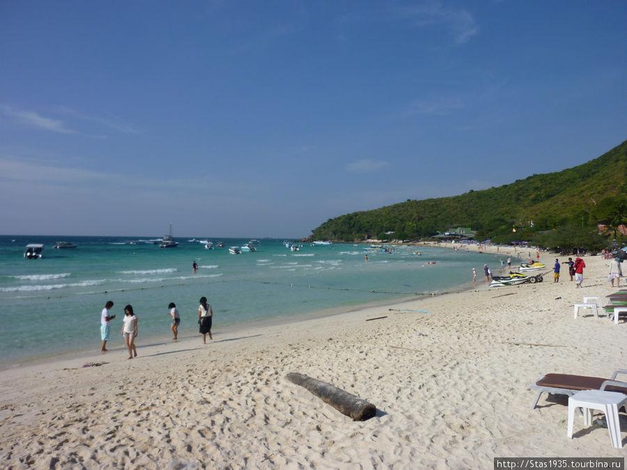 Пляж Ta Waen Beach на острове Лан.