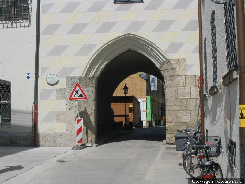 Древнейшие крепостные ворота Мюнхена