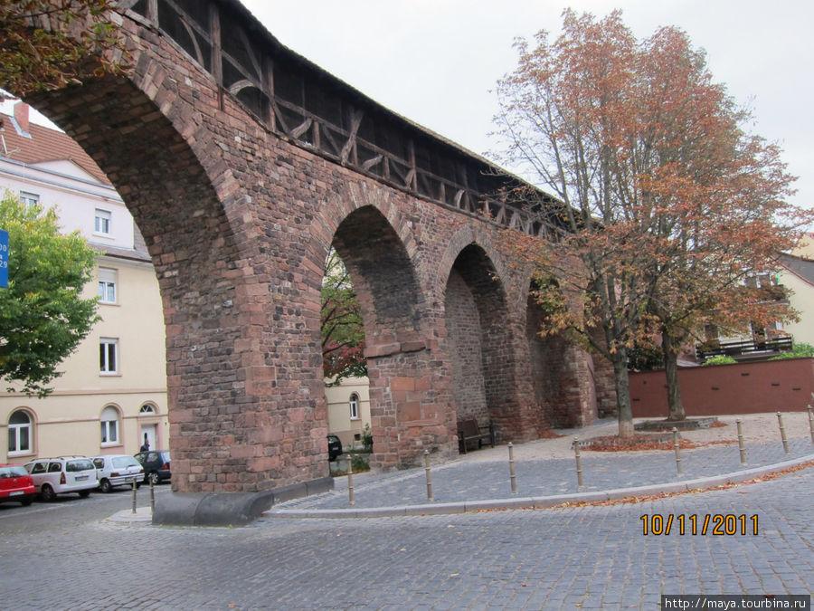 городская стена у