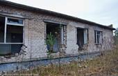 В Ирбене, как в любой советской воинской части, был медпункт. Стены кабинетов, по «единому стандарту СССР» обиты синей кафельной плиткой.