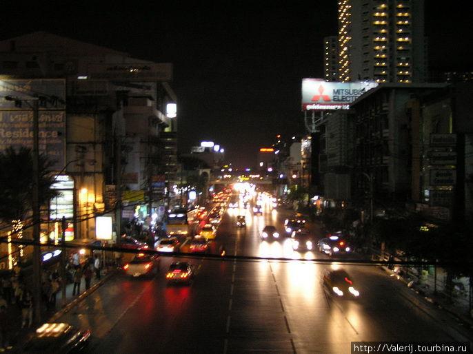 Ночная магистраль