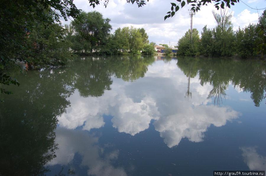 Бассейн ,откуда берут начало арыки