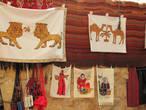 Вышивки мастериц — бедуинок.