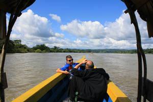 В лодке по дороге к Яшчилану